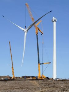 Turbine erection at Strathy North windfarm